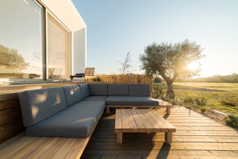 Modern outdoor deck